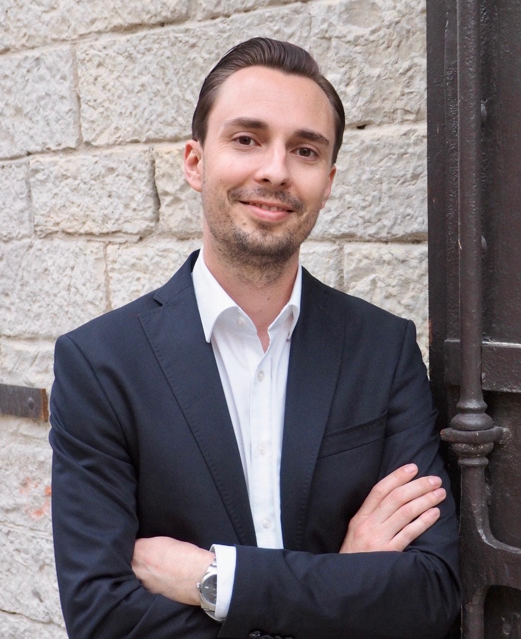 Dr Thomas Colson - Chirurgie esthétique et réparatrice à Aix en Provence et Marseille